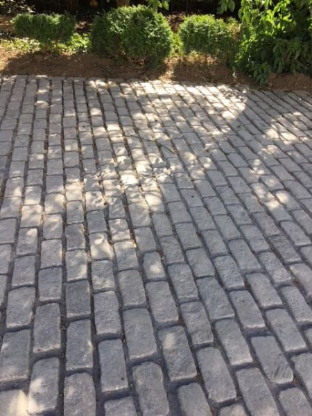 reclaimed granite setts 11